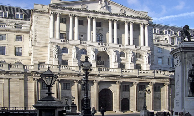 Bank of England says Foreign workers having impact on wages