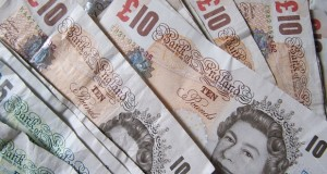 Workers enjoyed unexpected pay rise in the first quarter