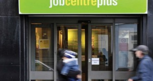 Unemployed Brits turning down zero hour jobs