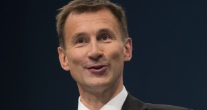 Jeremy Hunt bans 'rip off' agency fees for locum doctors and nurses