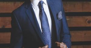 Good looking men may be less successful