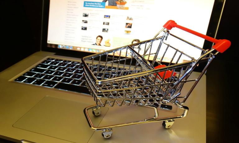 amazon_online_retailer