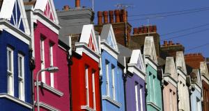 Estate-agents-warned