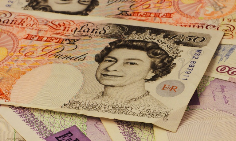 UK-Salaries-Continue-To-Rise