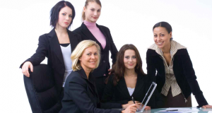 women-working-in-HR